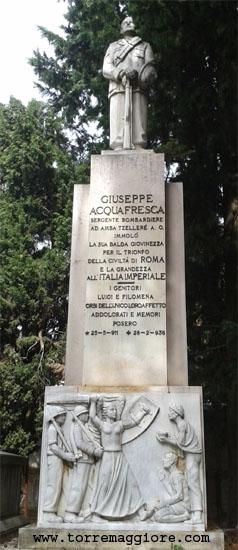Tomba Serg. Bombardiere Giuseppe Acquafresca - Cimitero Monumentale Torremaggiore FG - www.torremaggiore.com