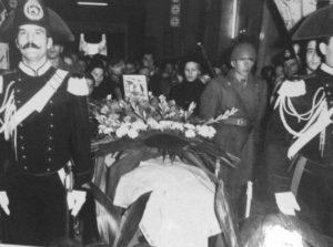 Funerale Sergente Maggiore Paracadutista Carmine Celozzi - Santuario Maria SS.ma della Fontana - Torremaggiore - www.torremaggiore.com -