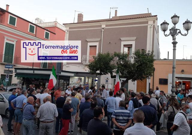 Video integrale del comizio dell'on Raffaele Fitto che si è svolto a Torremaggiore il 4 settembre 2020: dobbiamo voltare pagina e attacca la sinistra su agricoltura,sanità,tasse e infrastrutture