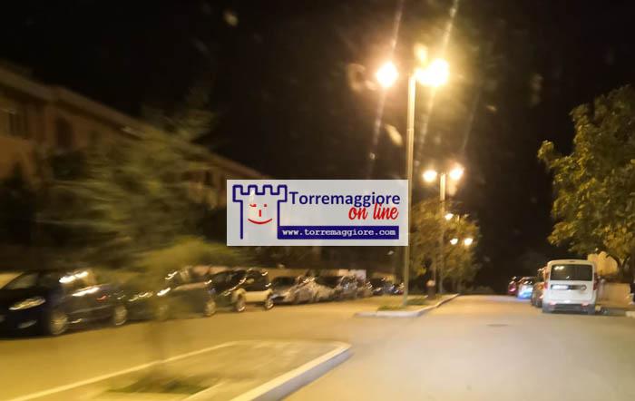 Assembramenti notturni su Via Falcone e Borsellino a Torremaggiore: e i controlli dove sono?