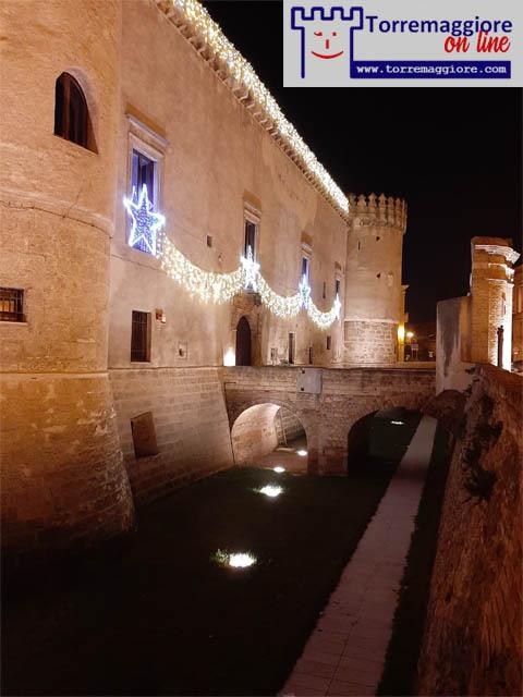 Galleria fotografica luminarie natalizie 2020 a Torremaggiore al Castello Ducale De Sangro e presso Corso Matteotti